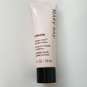 NEW Mary Kay timewise foundation